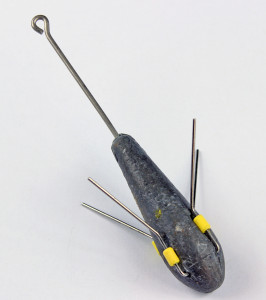 Sputnik sinkers: This is used for super gripping power when using a high-low rig. The wire arms dig into the sand, but pop out of joint when the lead is retrieved to prevent getting stuck.
